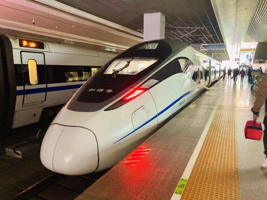 中国高速列車 外観-1